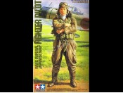 1/16 Japanese Fighter Pilot WWII Imperial Navy Tamiya 36312