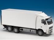 Emek 89112 Volvo FH truck z podn. hydraulicznym biały